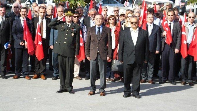 Burhaniye'de Atatürk'ün Gelişi Kutlandı