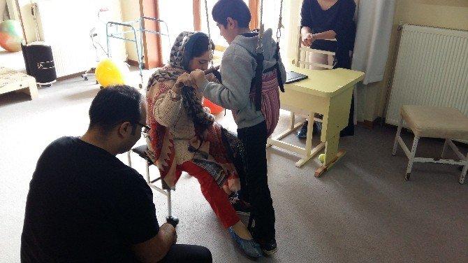Serebral Palsi Tedavisindeki Tecrübeler TİKA'nın Katkılarıyla Pakistan'a Aktarıldı