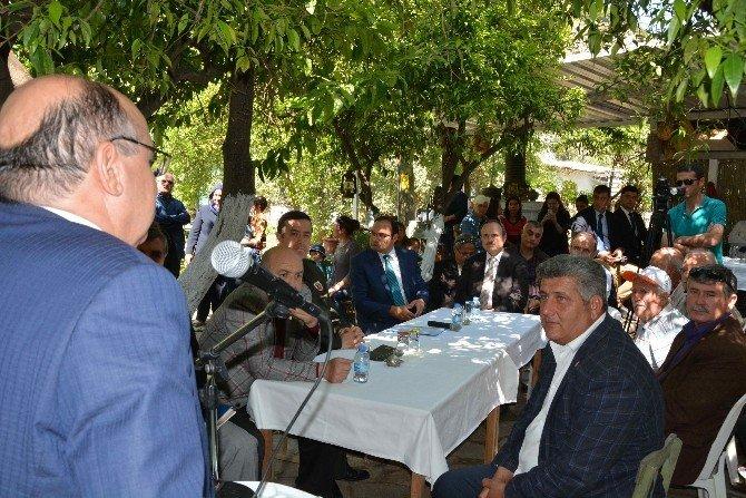 Vali Çiçek, Organik Köyde Vatandaşlarla Buluştu