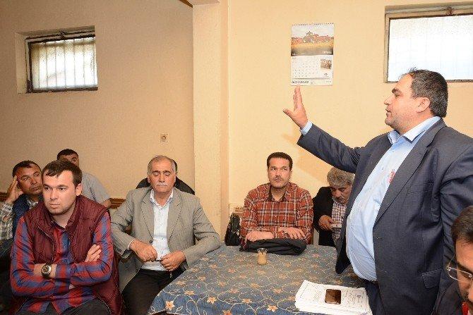 Aksaray'da Çiftçiler Bilgilendiriliyor