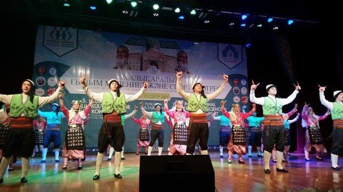 Ahmet Yesevi Üniversitesi, 5. Uluslararası Bilim Kültür Ve Spor Kongresi'ne Ev Sahipliği Yapıyor