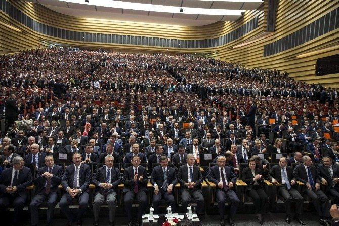 Başkan Tütüncü'ye Başbakan Davutoğlu'ndan Ödül