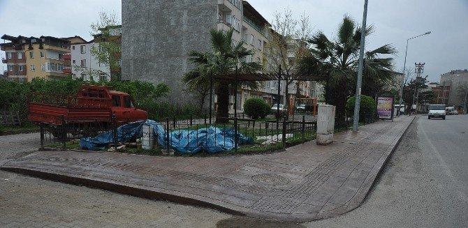 Altınordu'da Baskı Beton Kaldırım Çalışmaları