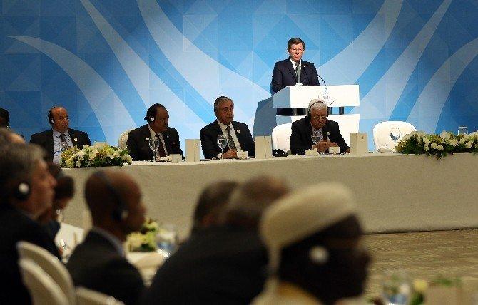 """Başbakan Davutoğlu: """"İşgal Altındaki İslam Topraklarını Kurtarmalıyız"""""""