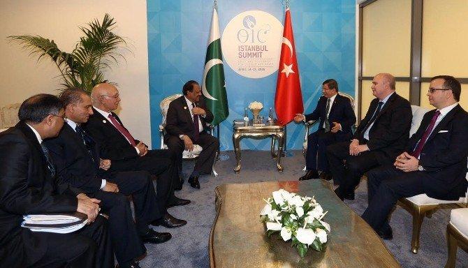 Başbakan Davutoğlu, Pakistan Cumhurbaşkanı Hüseyin İle Görüştü