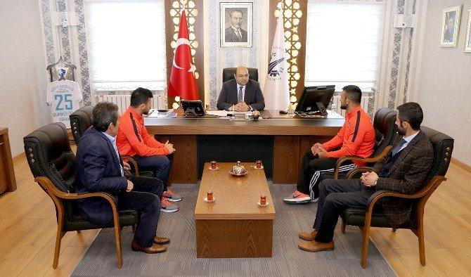 Başkan Orhan, Şampiyonları Ağırladı