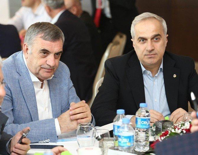Başkan Toçoğlu 2. El Oto Galericilerin Sitesi Projesi İle İlgili Konuştu