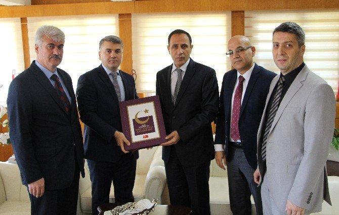BİK Genel Müdür Yardımcısı Canbey, Rektör Demirdağ'ı Ziyaret Etti