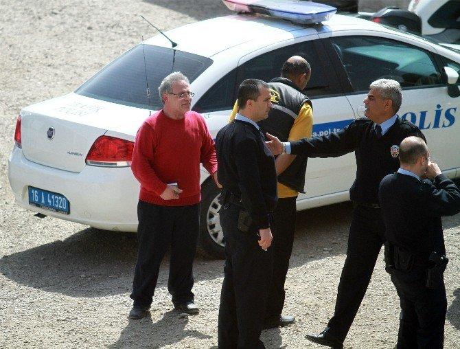 Polis Tarafından Aracı Çekilen Adam Emniyeti Ayağa Kaldırdı