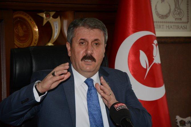 Destici: AK Parti'nin dokunulmazlık teklifi kötünün iyisi