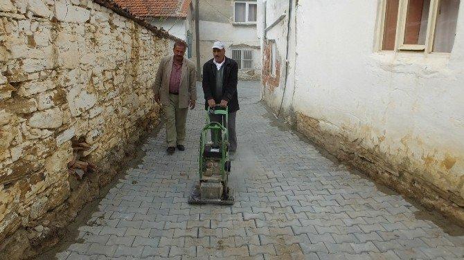 Burhaniye'de Kırsal Mahalleler Şehir Gibi Olacak