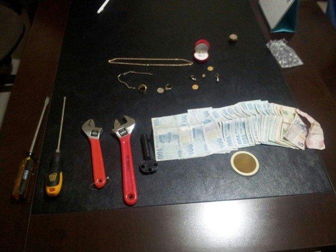 Çorum Ve Yozgat'ta Hırsızlık Yapan Zanlılar Nevşehir'de Yakalandı