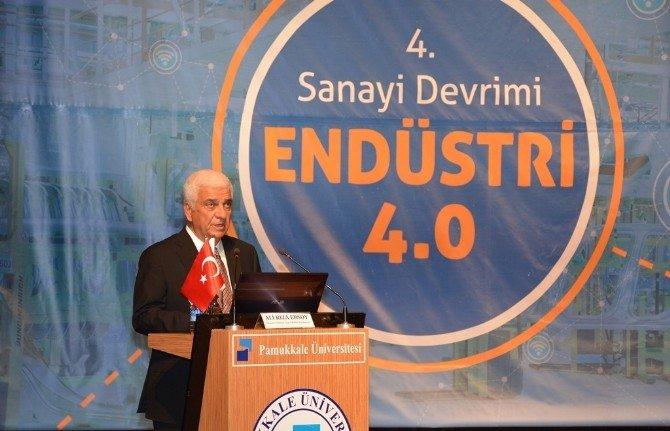 Denizli'de '4.Sanayi Devrimi Endüstri 4.0' Paneli Yapıldı