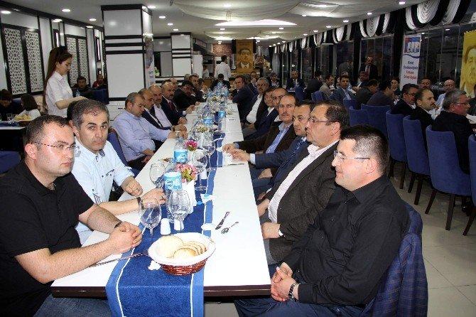Eğitim-bir-sen Genel Başkan Vekili Latif Selvi: