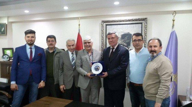 Sivrihisarlılar Derneği'nden Eskişehir Tuhafiyeciler Odası'na Ziyaret
