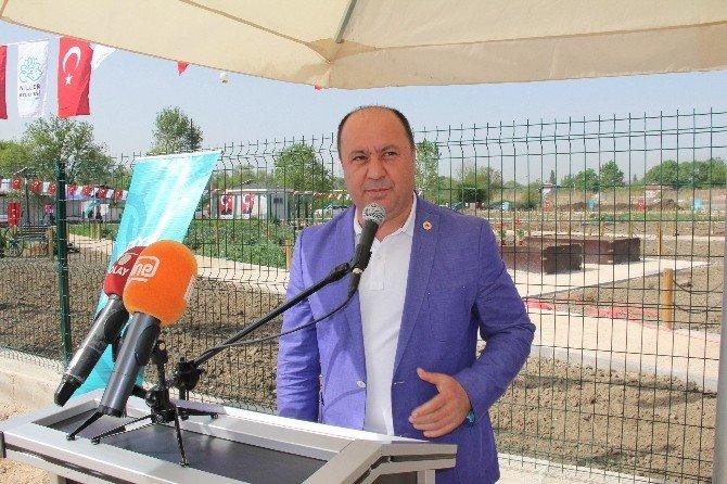 Bursa'da Kent Bostanı Açıldı