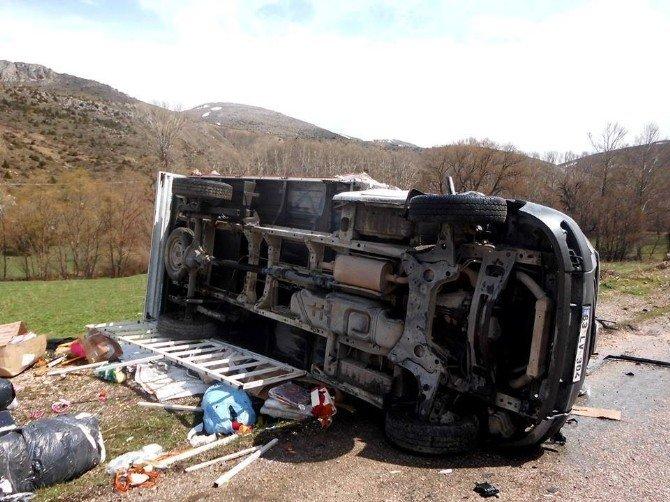 Sarız'da Trafik Kazası: 2 Yaralı