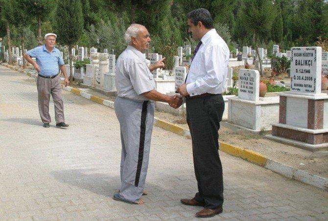 Nazilli'de Mezarlıklarda Bahar Temizliği Başladı