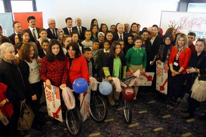 300 Okulda 74 Bin Öğrenciye Ulaşıldı