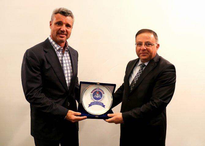'Fenerbahçe'nin gelmiş geçmiş en başarılı başkanı olurum'