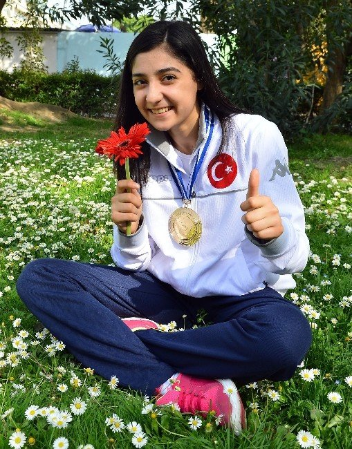 İzmirli Judocu Çiçek Akyüz Avrupa Şampiyonu