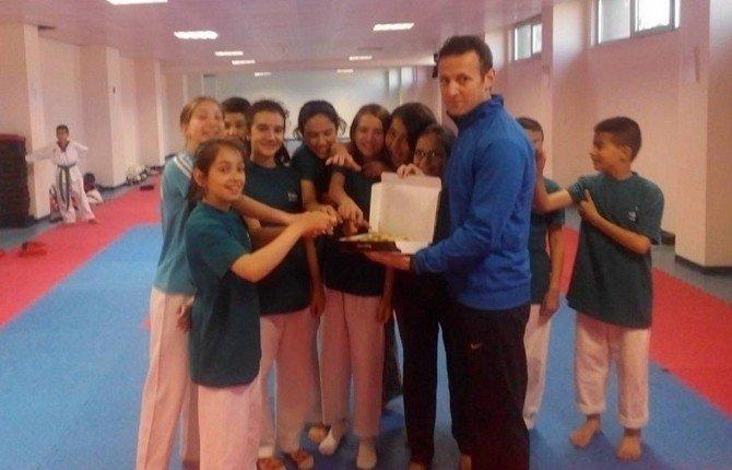 Tavşanlı Taekwondo Antrenman Müsabakalarında Takım Halinde Birinci