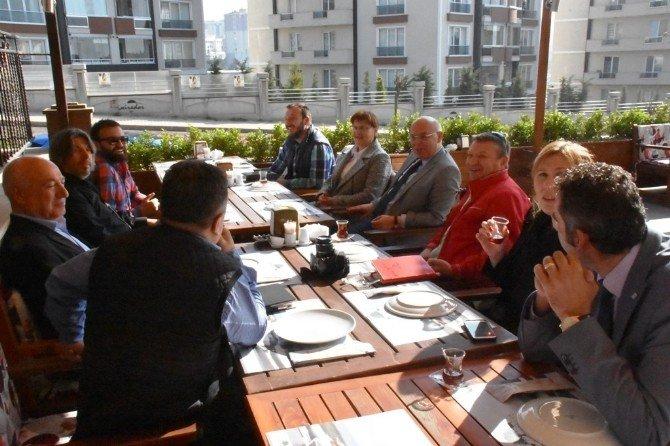 Gıda Bankası Çalışmaları Türk Kızılayı İle Paylaşıldı