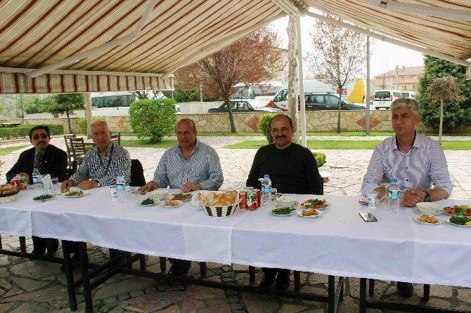 Turizm Rehberleri, Taşköprü'yi Gezdi