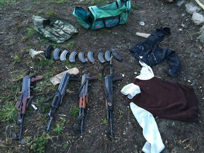 Erciş'te çok sayıda silah ve mühimmat ele geçirildi