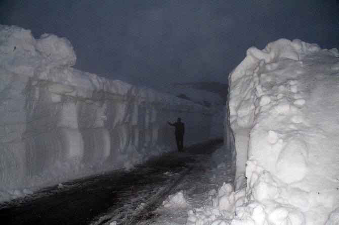 Doğuda Karla Mücadele Sürüyor