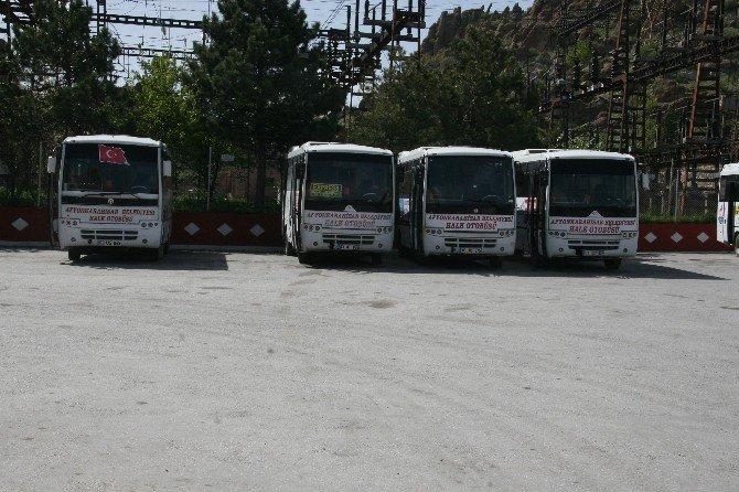 Özel Halk Otobüslerinde Unutulan Eşyaları Görenler Hayrete Düşüyor