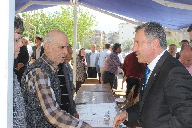 Özdağ'dan Salihli'de Taziye Ziyareti
