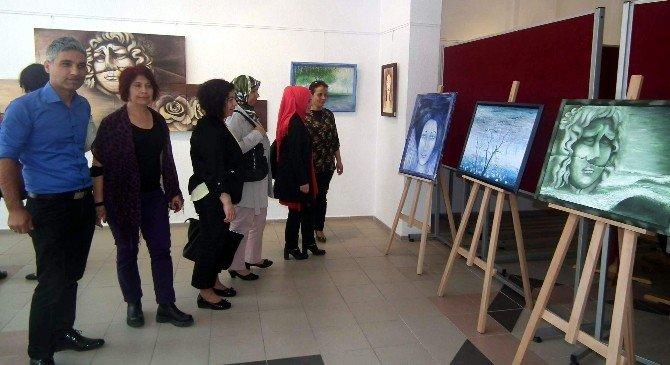 Efeler'de Akrilik Ve Yağlıboya Resim Sergisi Açıldı