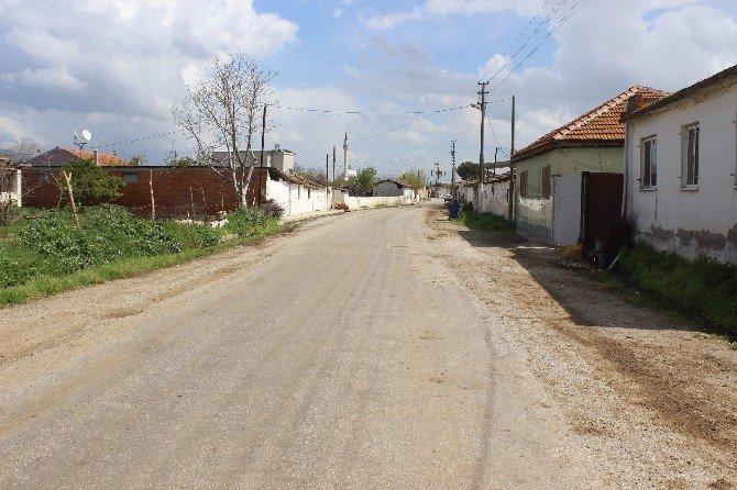 Asırlık Gelenek Nedeniyle Hafta Bir Gün Köyü Boşaltıyorlar