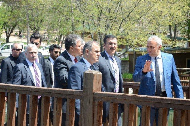Bakan Tüfenkci, Turgut Özal Tabiat Parkı'nı Ziyaret Etti