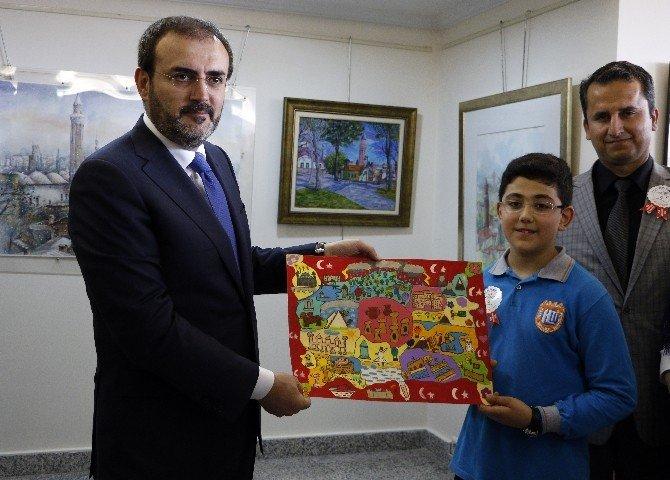 Bakan Ünal, Antalya'da Sergi Açtı