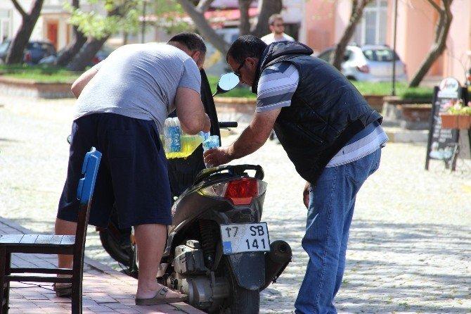 Bozcaada'da Yakıt Bitti