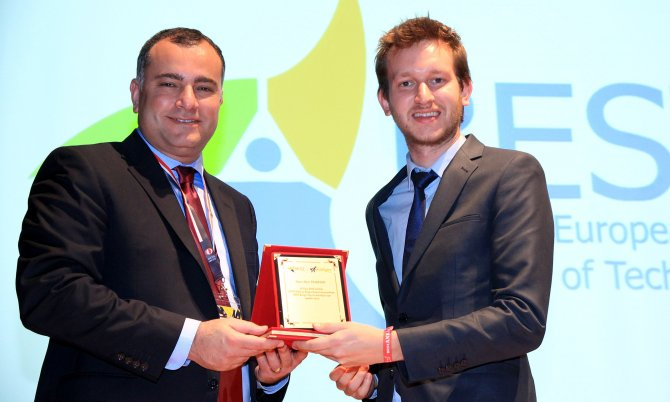 Başkan Taşdelen, 'ODTÜ Best Kariyer Günleri' açılışına gençlerle bir araya geldi