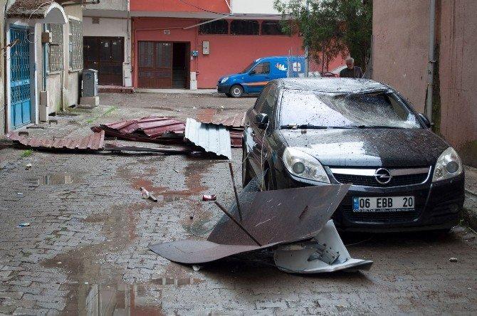 Çorum'da Şiddetli Rüzgar Çatı Uçurdu
