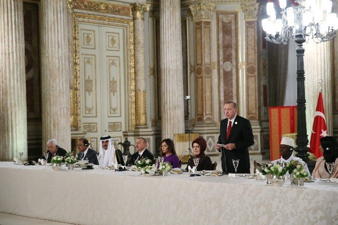 """Erdoğan: """"Çok Ciddi Meselelerle Mücadele Ediyor Zor Ve Sancılı Bir Dönemden Geçiyoruz"""""""