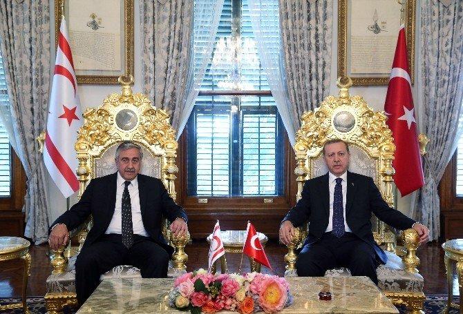 Cumhurbaşkanı Erdoğan, KKTC Cumhurbaşkanı Akıncı'yla Görüştü