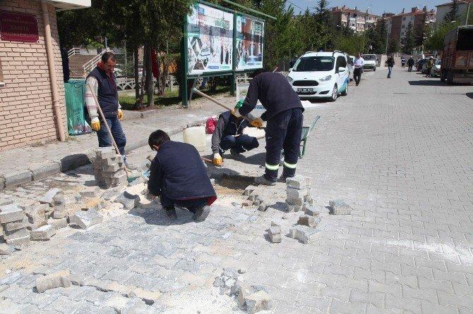 Odunpazarı'nda Mahallelerin Eksikleri Tamamlanıyor