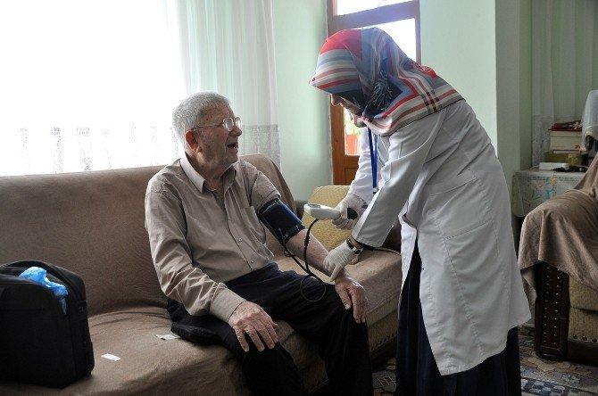 85 Yaş Üstü Yaşlılara Ücretsiz Evde Sağlık Hizmeti
