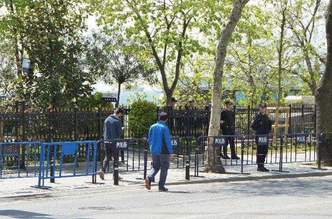 İslam Dünyası Liderlerinin Namaz Kılacağı Camide Yoğun Güvenlik Önlemi