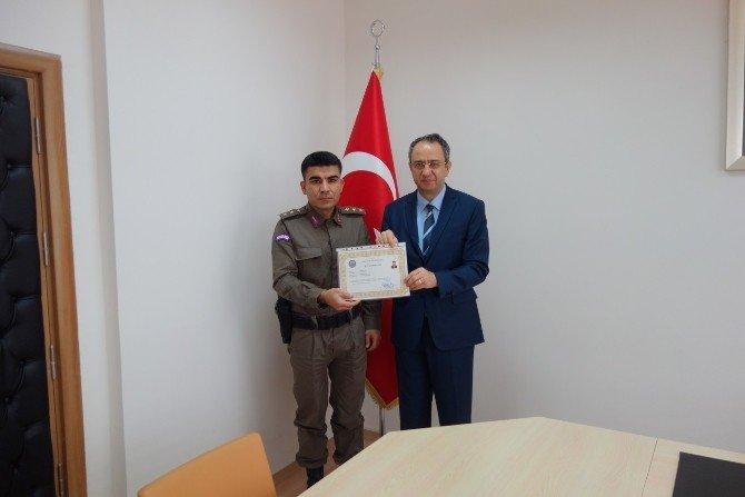 Jandarma Personeline Başarı Belgesi