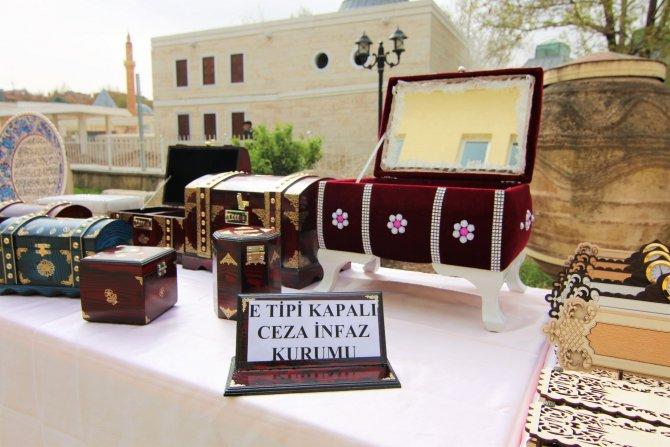Kırşehir'de Turizm Haftası kutlamaları, sektörün sorunları tartışılarak başladı