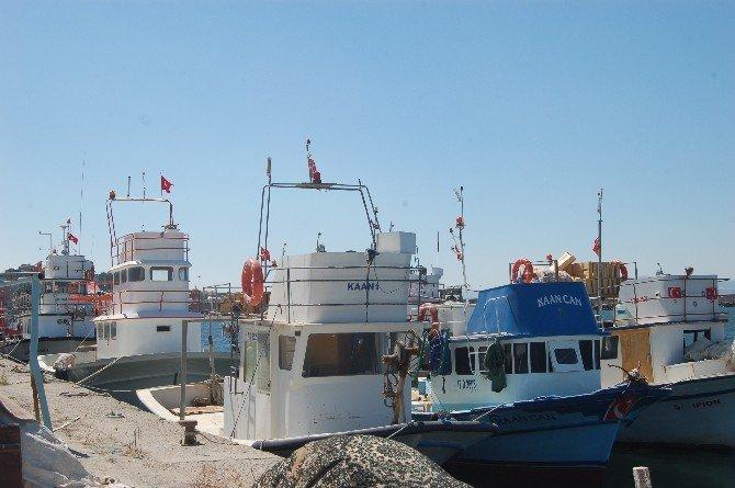 Küçük Balıkçılar Sezona Hazırlanıyor