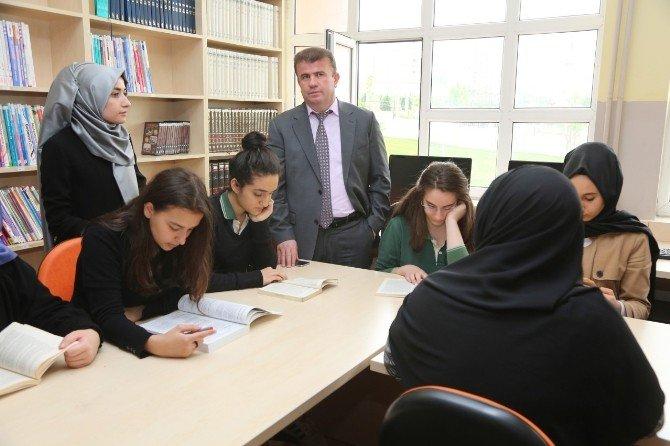 Küçükçekmece'de 2 Bin 500 Öğrencinin Katıldığı Dev Proje