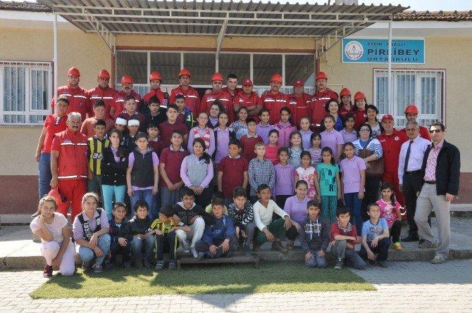 Nakut, Okullarda Afet Bilinci Ve Eğitimi Veriyor