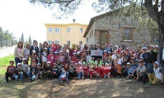 22 Ülkeden Öğrenciler Ağaç Dikti